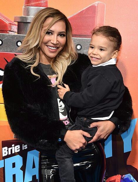 ناى ريفيرا وابنها